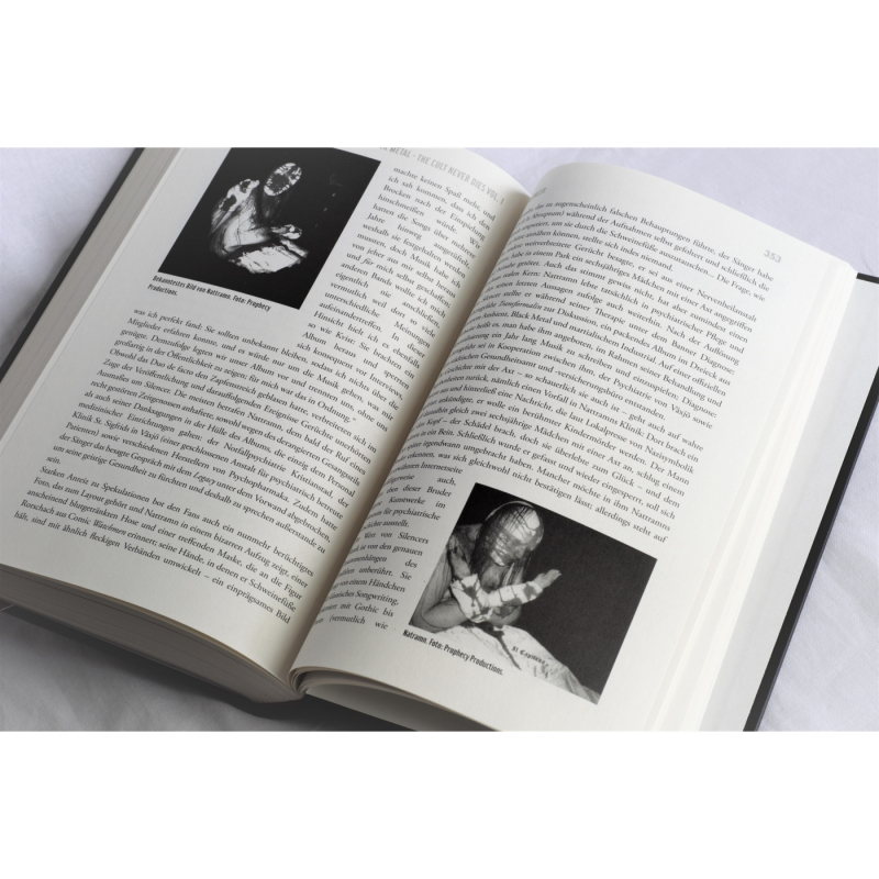 Dayal Patterson - Black Metal - The Cult Never Dies Vol. 1 Book